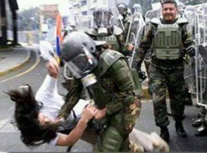 "fotomanifestazione 300x222 - Venezuela: Volge in guerra civile la ""Primavera"" venezuelana - Venezuela: Volge in guerra civile la ""Primavera"" venezuelana"
